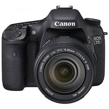 Canon EOS 7D Digicam 18 MPix DSLR Kit inkl. EF-S 18-135 mm Objektiv